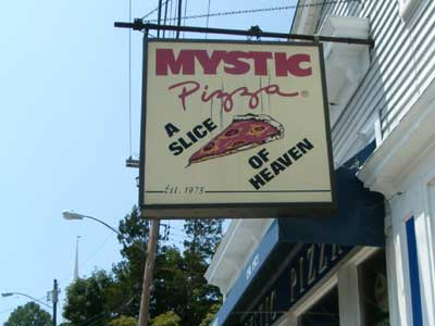 mystic-pizza-400w